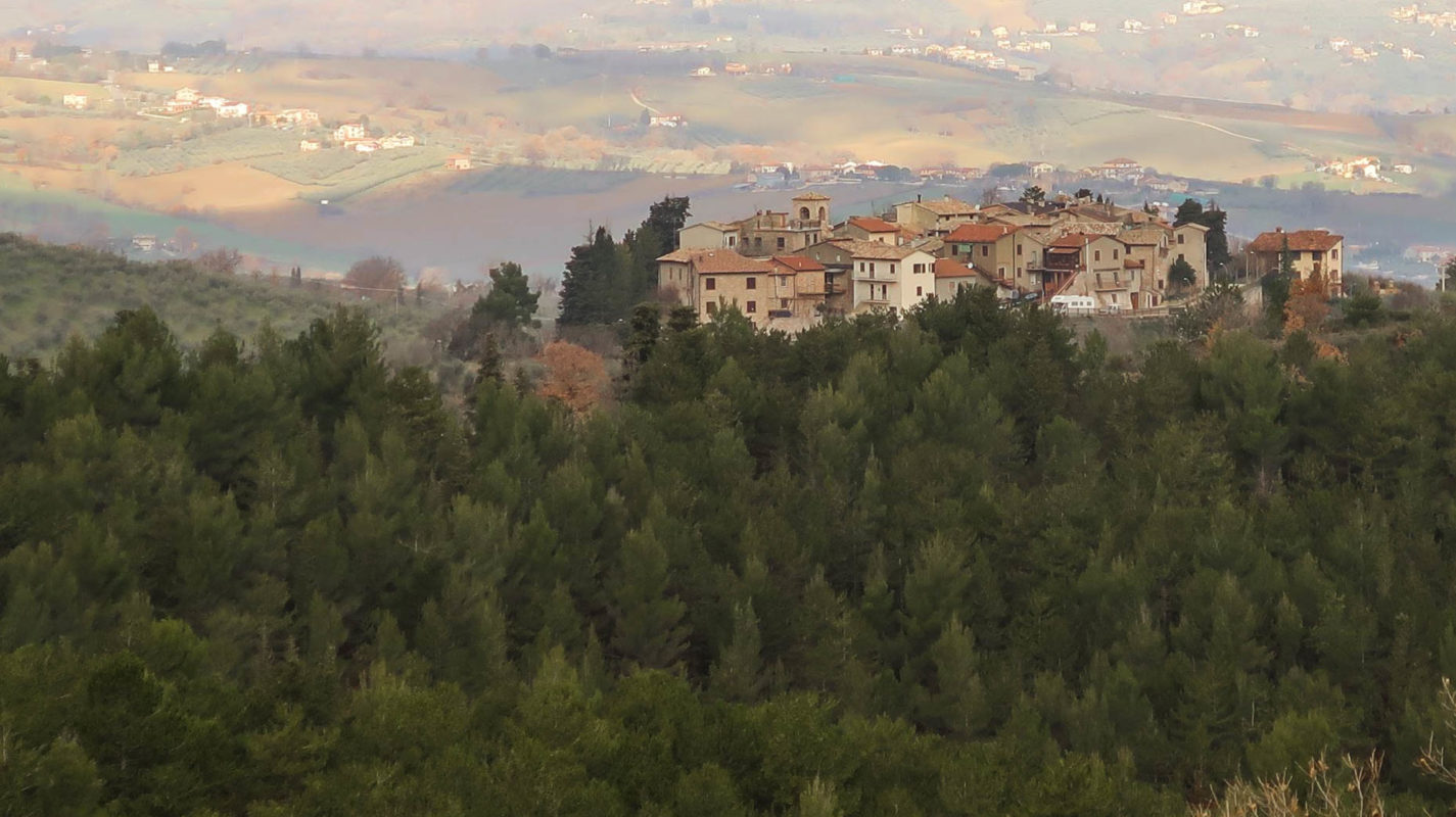 Trekking tra i castelli di Giano dell'Umbria - Exploring ...